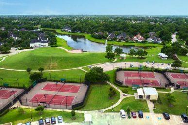 tennis-courts-club-sienna